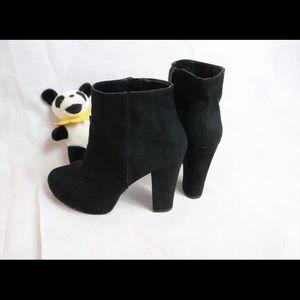 Report Black Suede Ankle Booties Platform Heels !